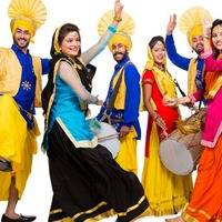 Funky Mosquito Indian Punjabi Bhangra Beats Five (Moombahton Bollywood) by Funky Mosquito