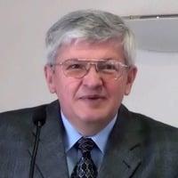 Bestehen in der Versuchung | Pastor Erich Hirschmann by Erfüllte Sehnsucht