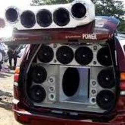 Listen to Bass music and sounds