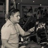 MIX ESCUCHA 4 REGGAETON 18 DJ JUNIOR by Junior Valles